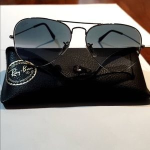 RB 3025 Aviator (silver blue) Unisex  Very Good condition